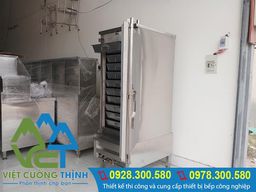 Tủ nấu cơm 50kg điện và gas với thiết kế vừa được sử dụng gas, vừa được sử dụng điện.