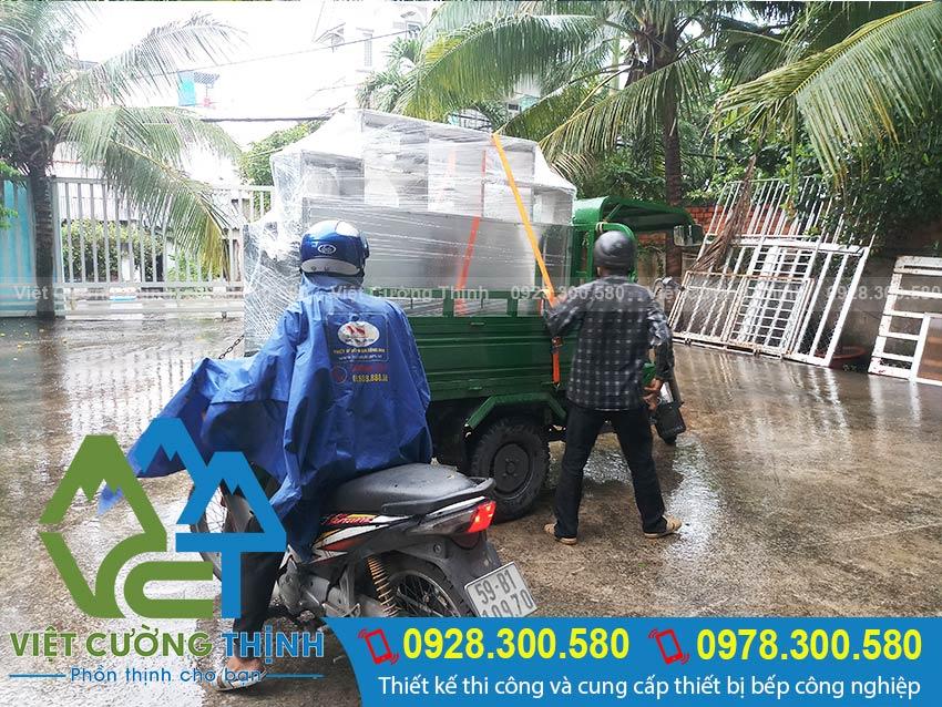 Hình ảnh giao hàng - Công ty inox Việt Cường Thịnh