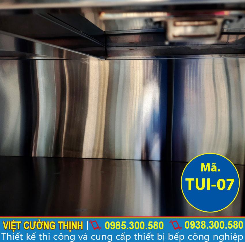 Bên trong tủ bếp inox, tủ đựng chén bát inox cao cấp, có độ bền cao và sang trọng sản xuất Inox Việt Cường Thịnh