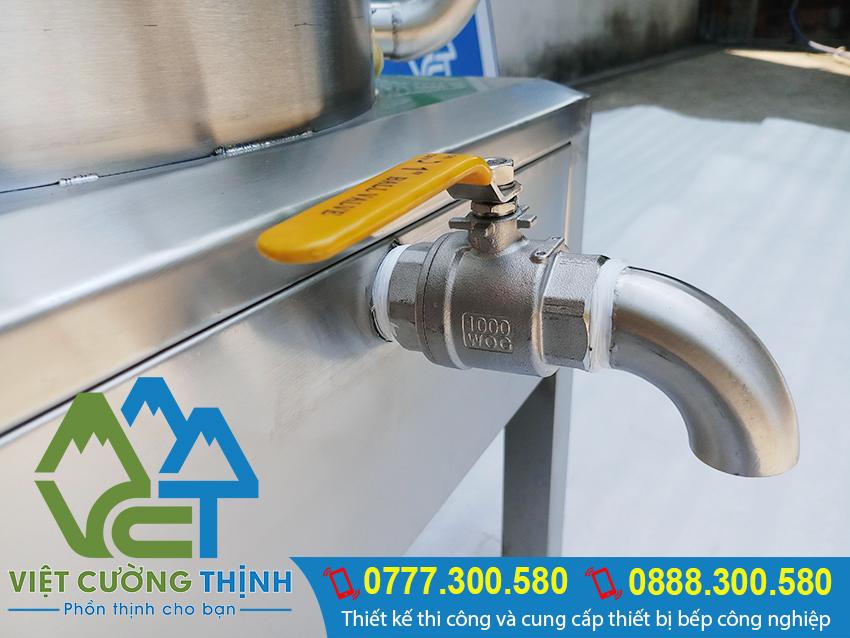 Van xả nồi hấp cơm tấm bằng điện được thiết kế rất chắc chắn có khoa học và an toàn khi sử dụng.