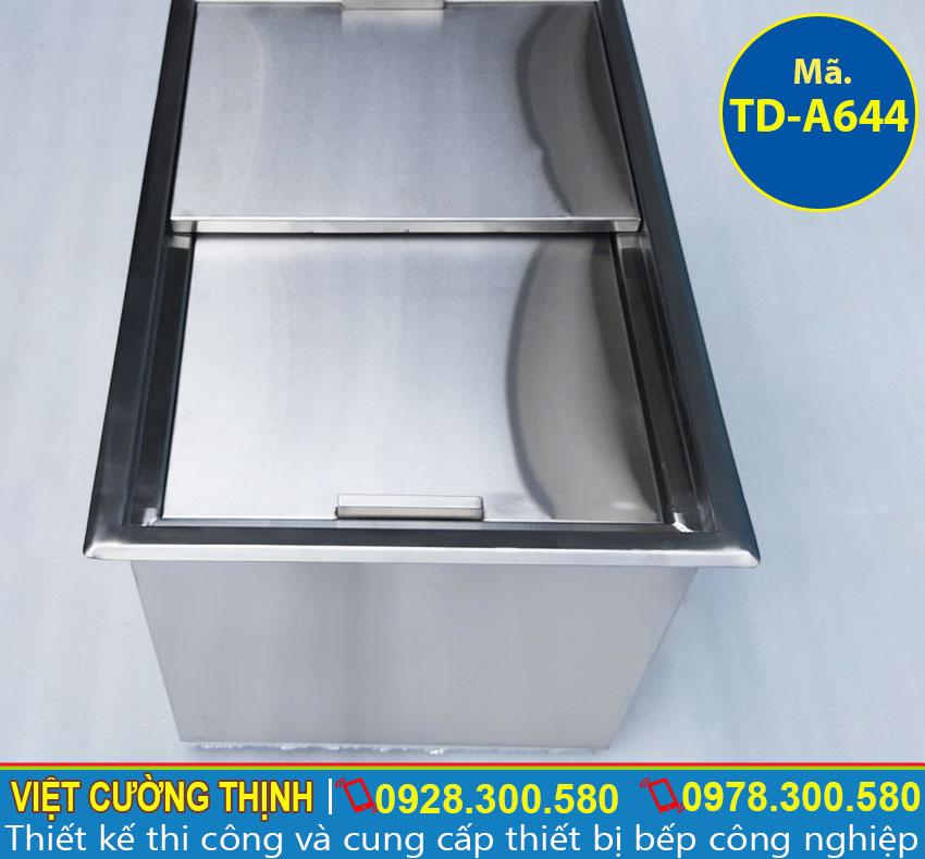 Thùng đá âm bàn sản xuất inox 304 có độ bền cao và sáng bóng.