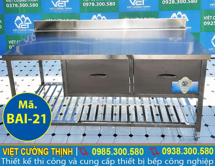 Bàn bếp inox có hộc tủ, bàn sơ chế thức ăn, bàn đựng chén bát inox sản xuất Inox Việt Cường Thịnh.