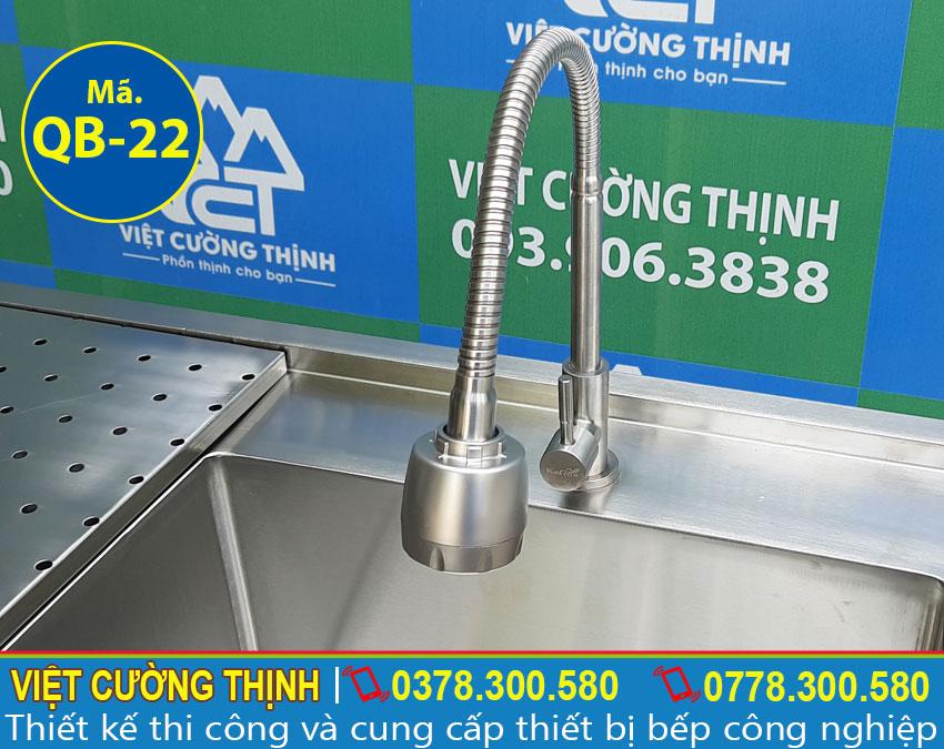 Vòi xả nước cao cấp , dễ dàng điều chỉnh theo nhu cầu người dùng.