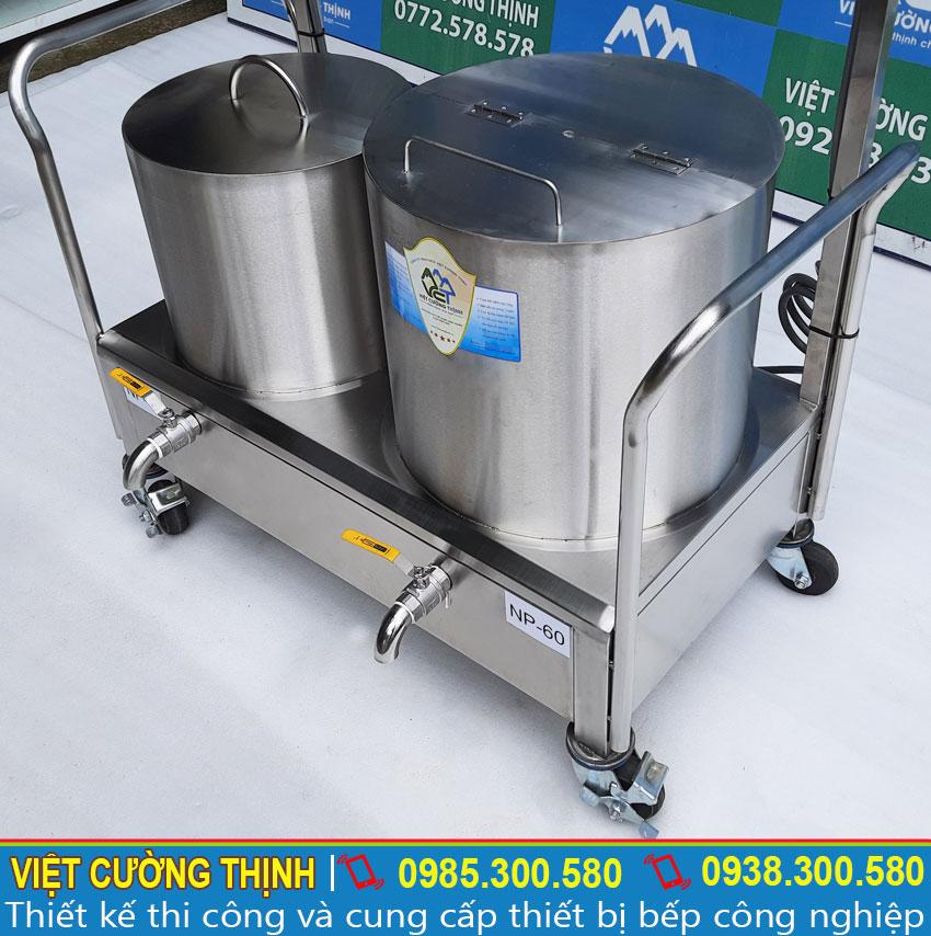 Bộ phận nồi nấu phở bằng điện được làm bằng inox 304 cao cấp, không bị ăn mòn và có tuổi thọ cao