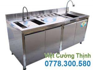 Inox Việt Cường Thịnh là đơn vị sản xuất các mẫu quầy bar pha chế inox đẹp với đa dạng mẫu , kích thước và giá thành phải chăng.
