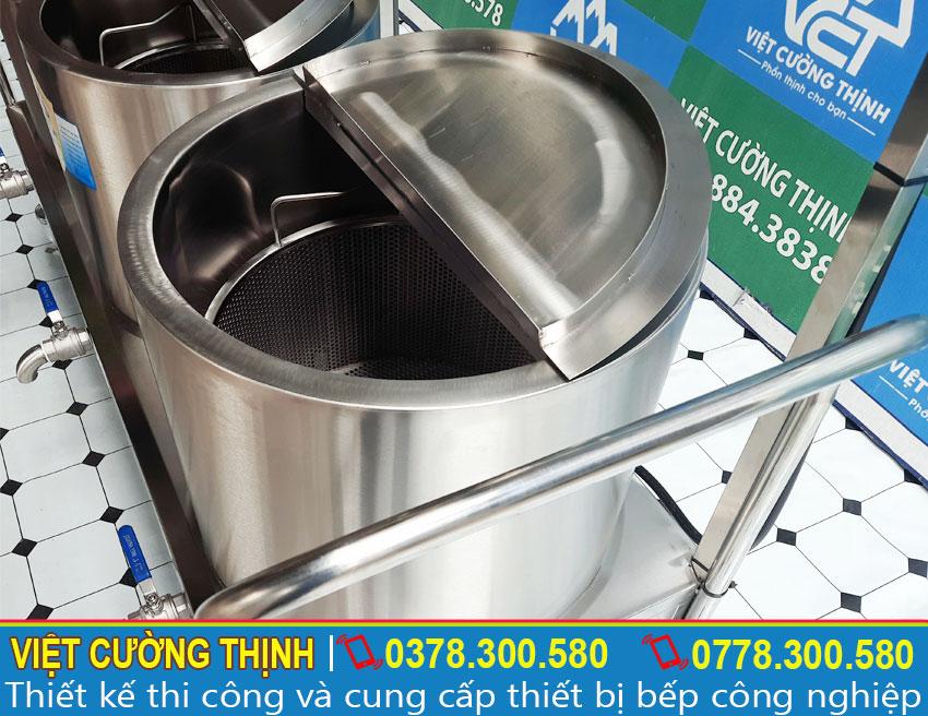 Nồi nấu phở sản xuất bằng inox 304 chịu lực tốt và có thể chống lại sự phá hoại của điều kiện môi trường tự nhiên.