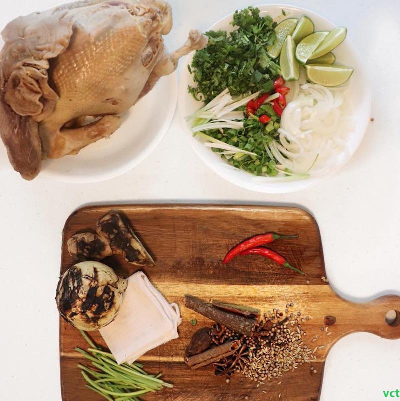 Nguyên liệu chuẩn bị nấu phở gà miền nam
